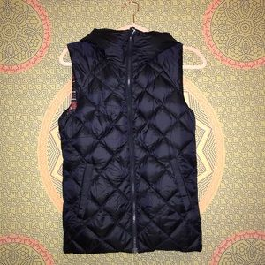 Lululemon reversible puffer vest with hood